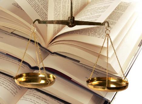Avocat en droit civil Aubenas